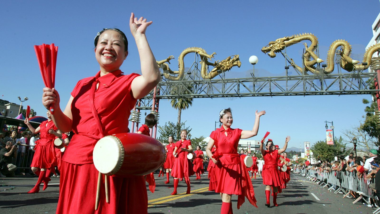 Chinatown's Golden Dragon Parade