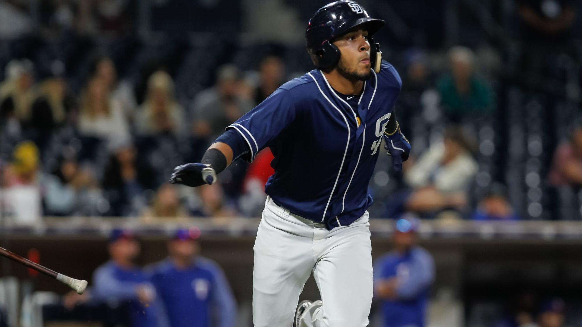 Sd-sp-padres-fernando-tatis-unfazed-youngest-player-in-any-mlb-camp-20180216