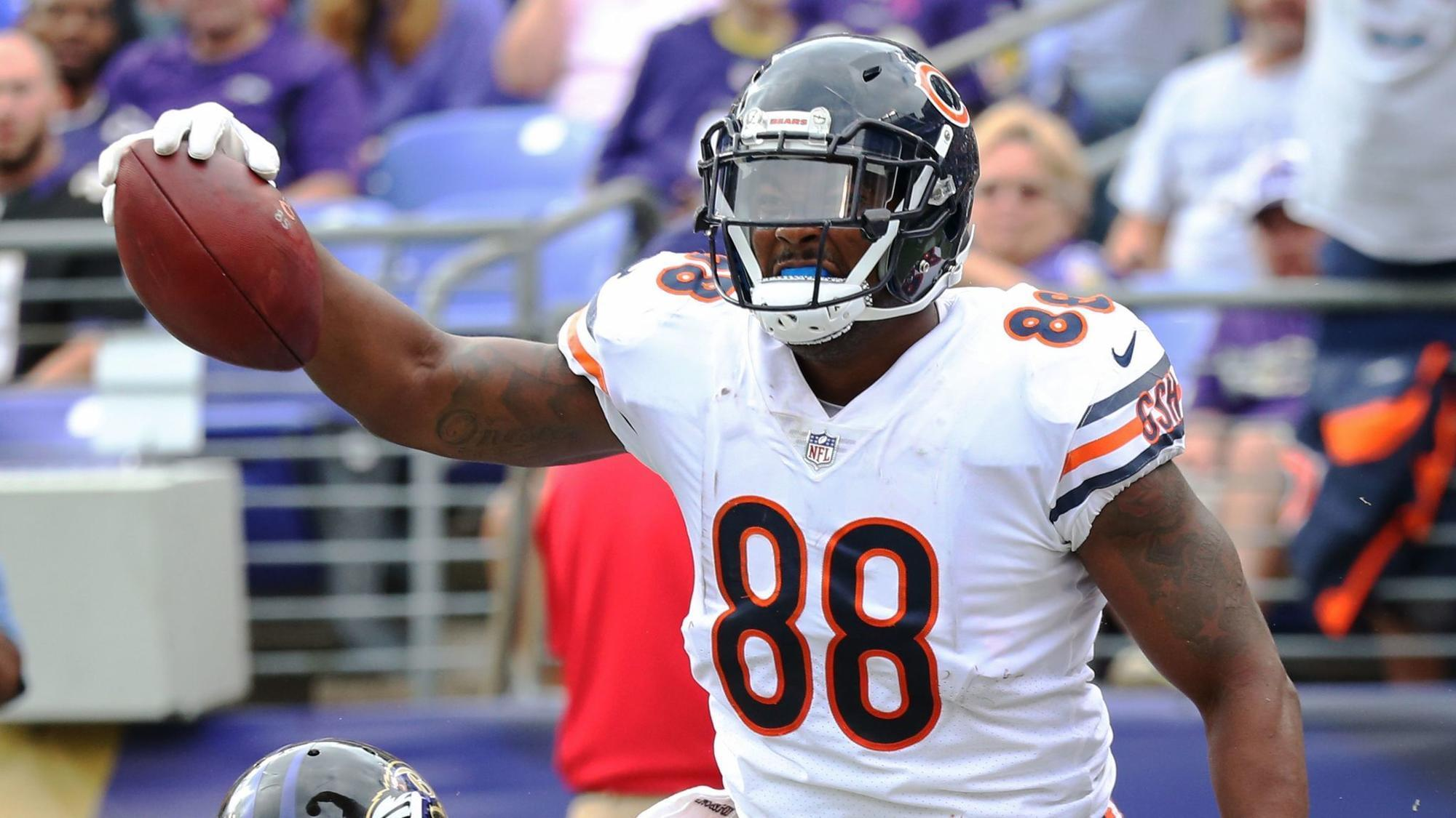 Ct-spt-bears-roster-decisions-loom-biggs-20180217