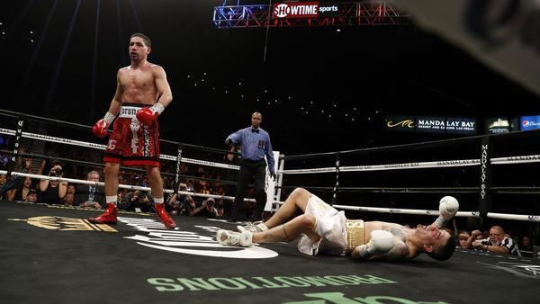 Danny Garcia stops Brandon Rios in 9th round