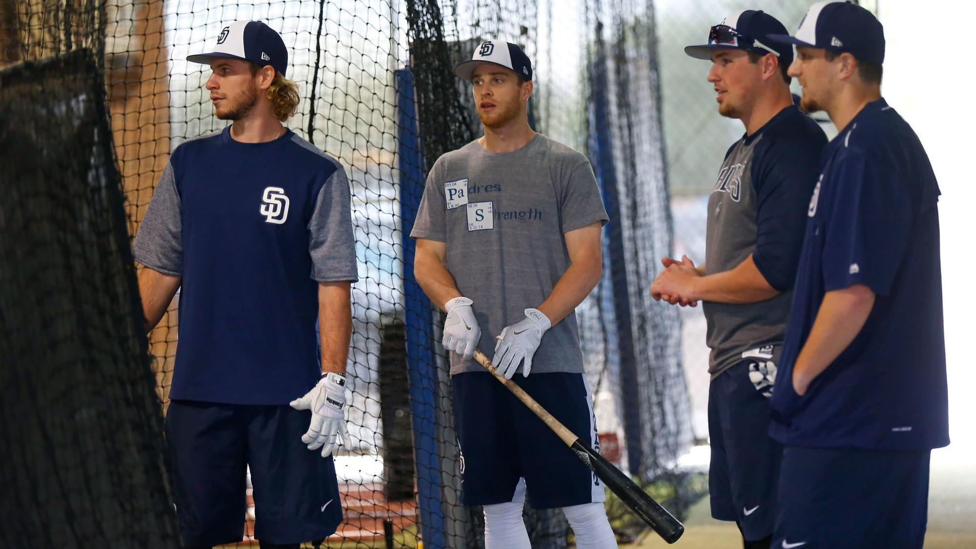 Sd-sp-padres-outfield-battle-to-intensify-as-myers-leaves-first-base-behind-20180218