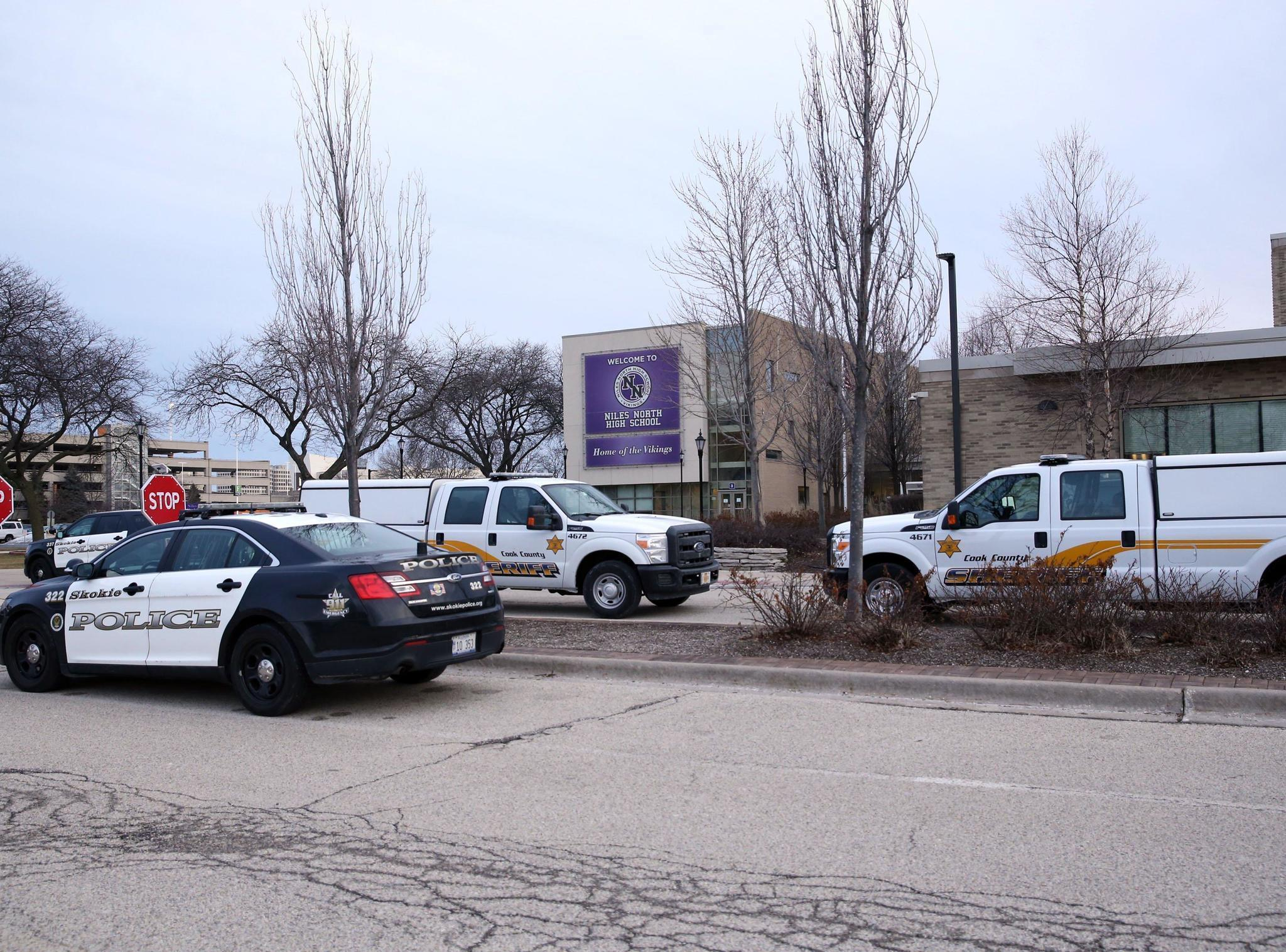 Niles North High School evacuated after bomb threat: officials
