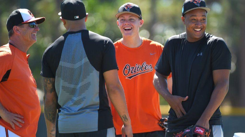 Bs-sp-bobby-dickerson-manages-orioles-infield-20180225