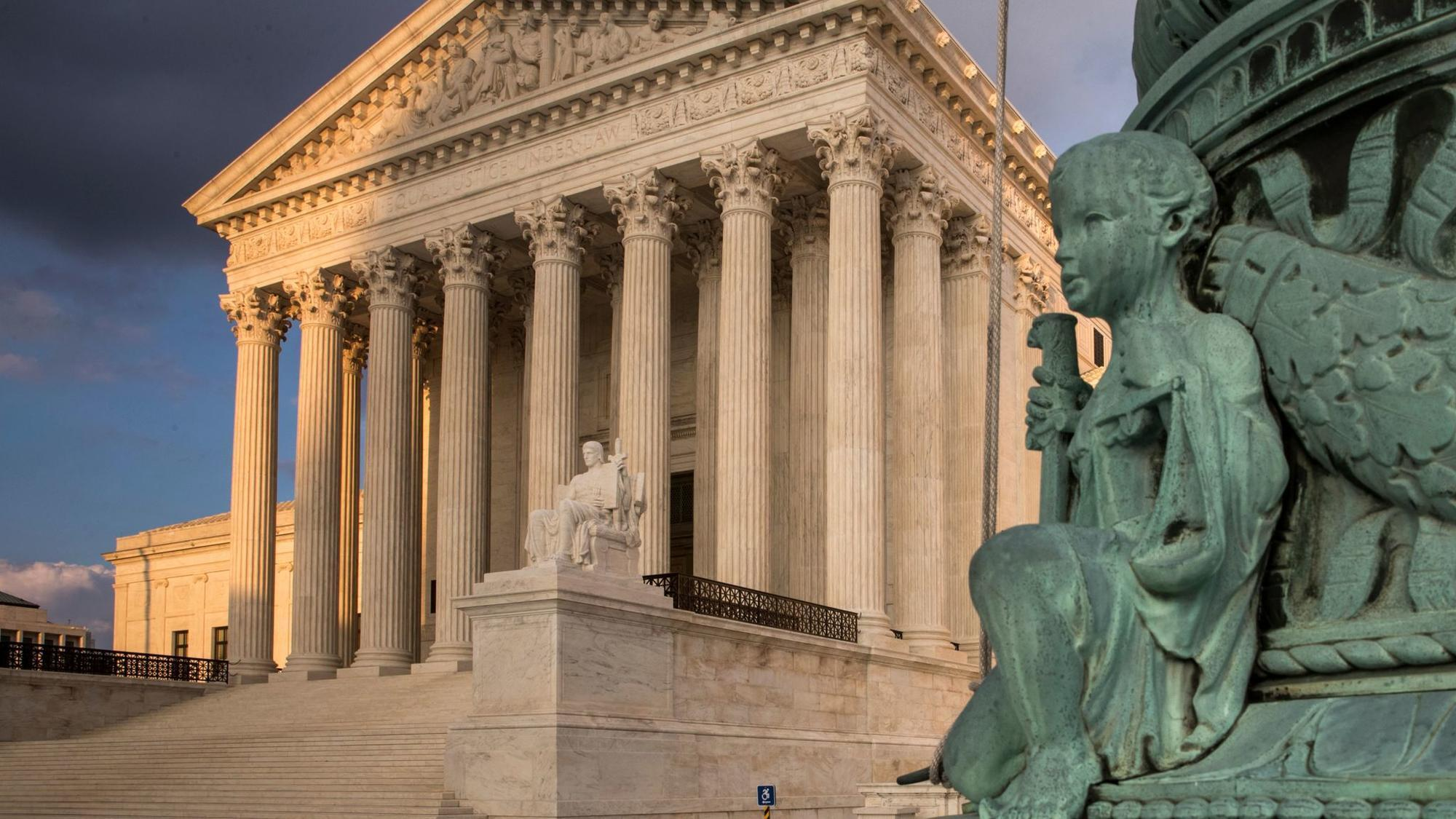 the unexpected power of the supreme court of america For decades, stevens molded supreme court decisions  forging unexpected majorities that  presidential power stevens wrote the court's 5.