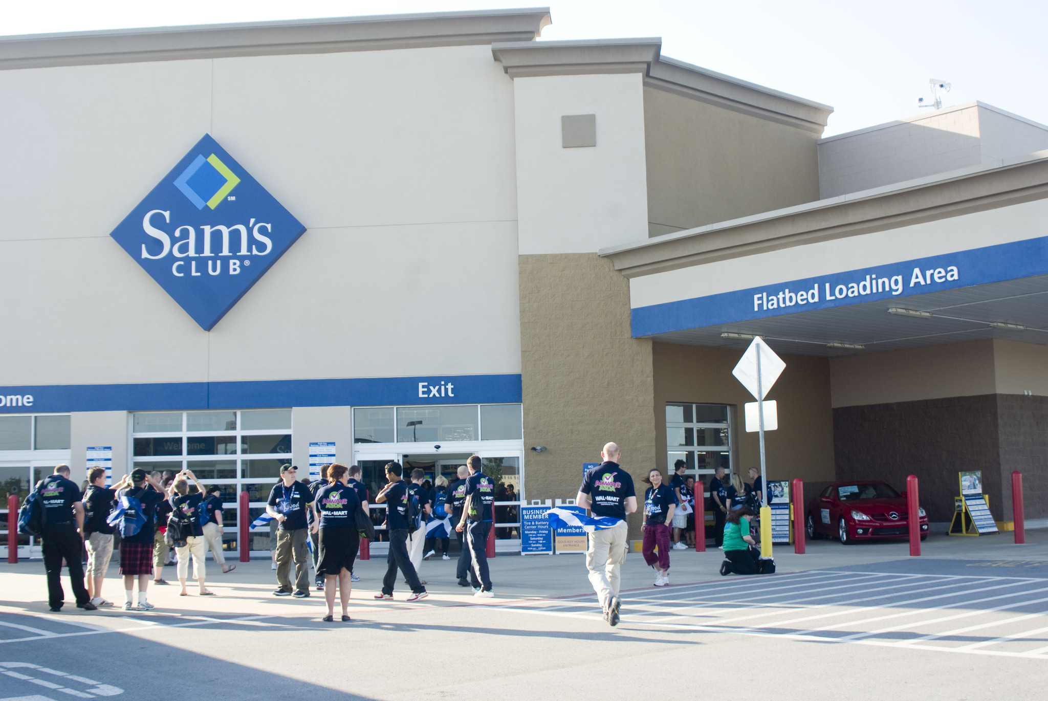 Sam's Club partners with Instacart for same-day grocery ...