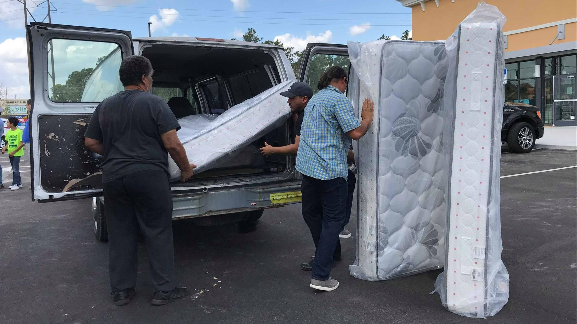 Puerto Rico Based Company Gives Away Mattresses To Displaced Families In The Region Orlando Sentinel
