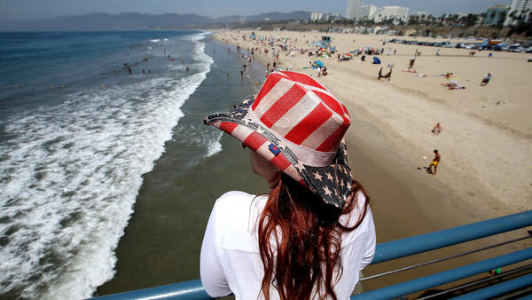 Neighborhood Spotlight: Santa Monica's a great place to visit, but can you afford to live there?
