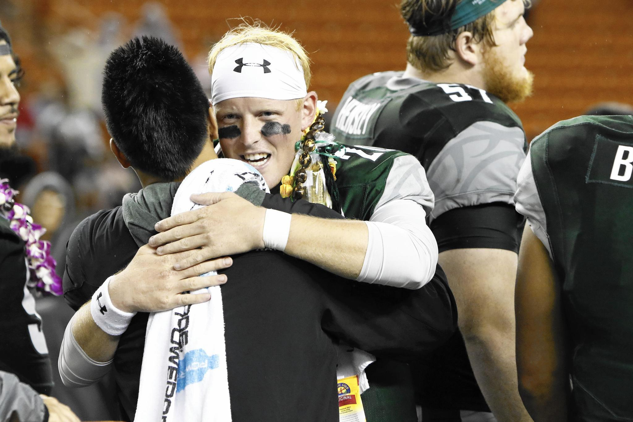 Lake Zurich's Hunter Hughes takes road less traveled to be Hawaii QB
