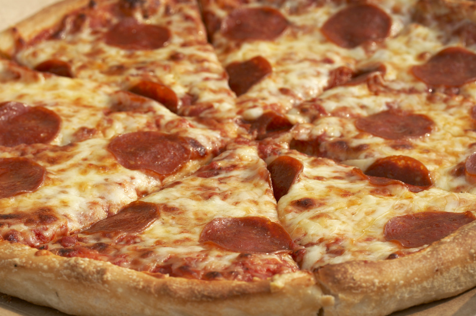 Man Accuses Pizza Hut Of Using His Face On Delivery Boxes