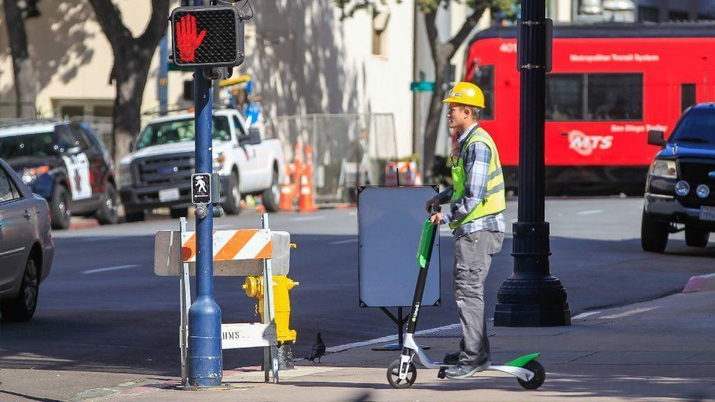 Smart City Challenge >> Is Southern California's 'dockless' electric scooter fad a public safety hazard? - The San Diego ...