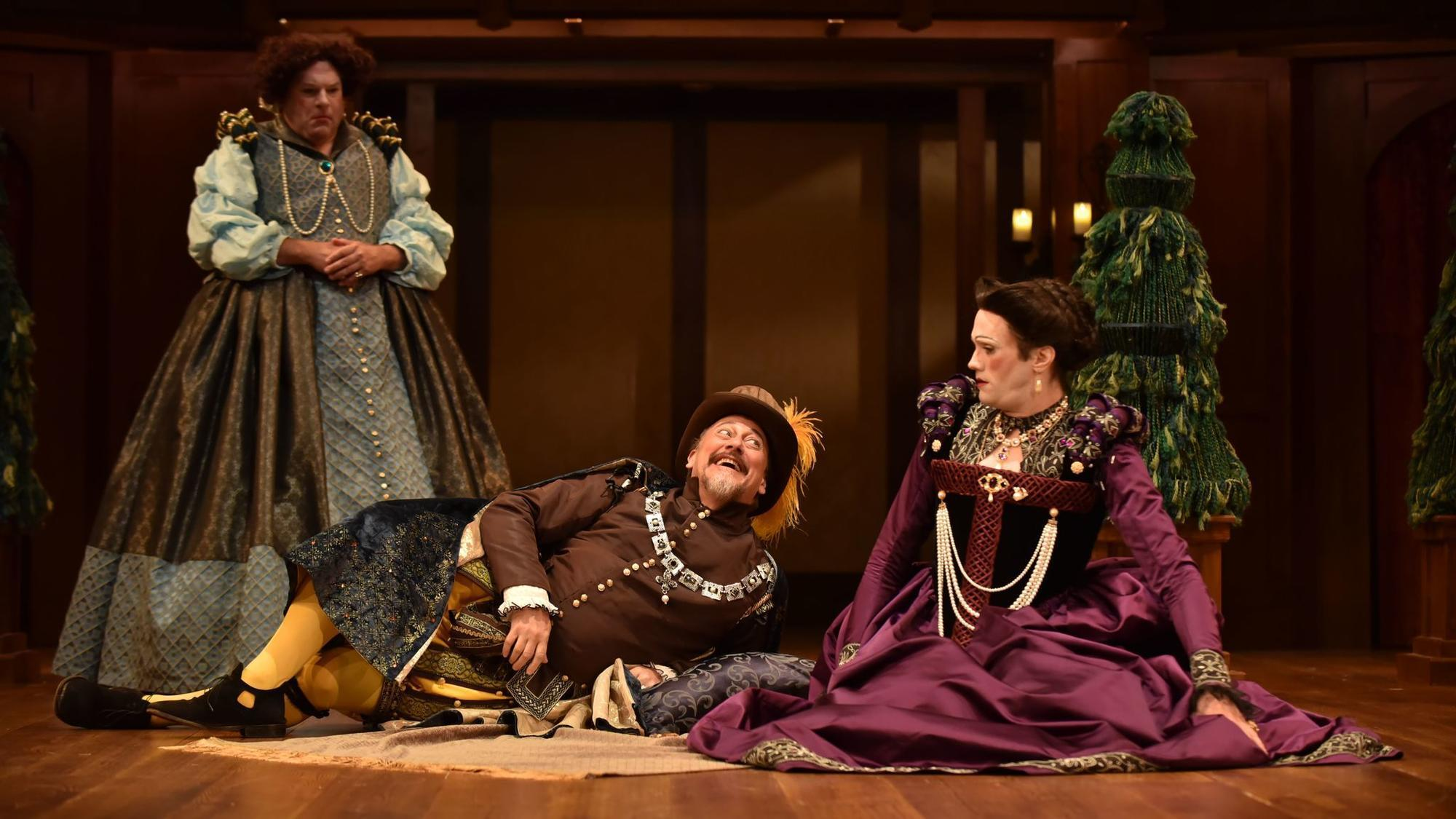 review twelfth night Twelfth night, or what you will is a comedy by william shakespeare, believed to have been written around 1601–02 as a twelfth night's entertainment for the close of the christmas season the play centres on the twins viola and sebastian, who are separated in a shipwreck.