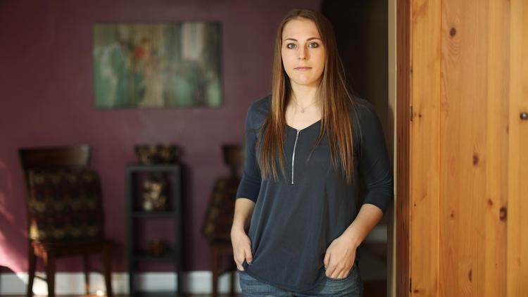 Samantha Schmitz, 18