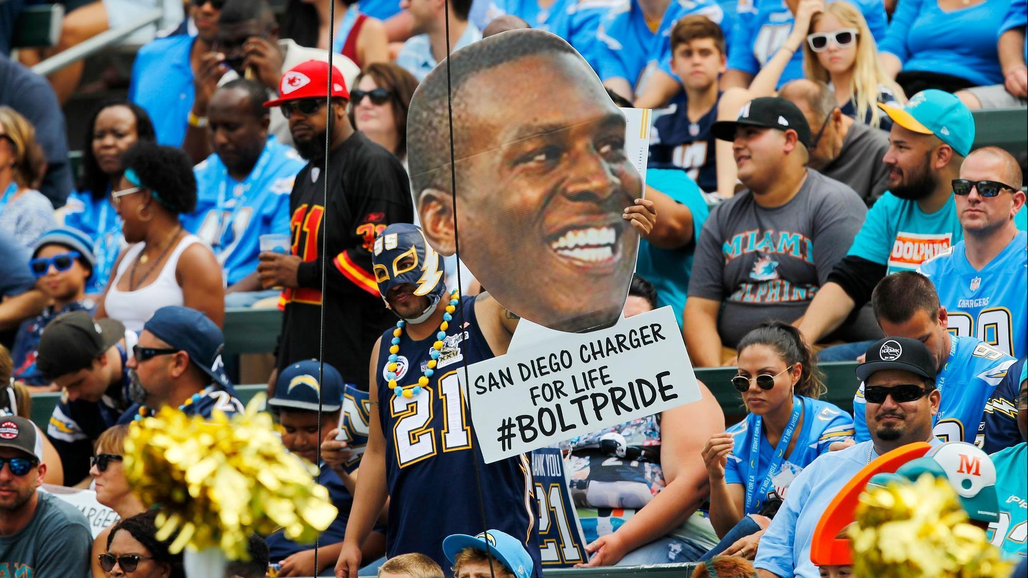 Sd-sp-chargers-rams-should-kick-tires-on-antonio-gates-20180311