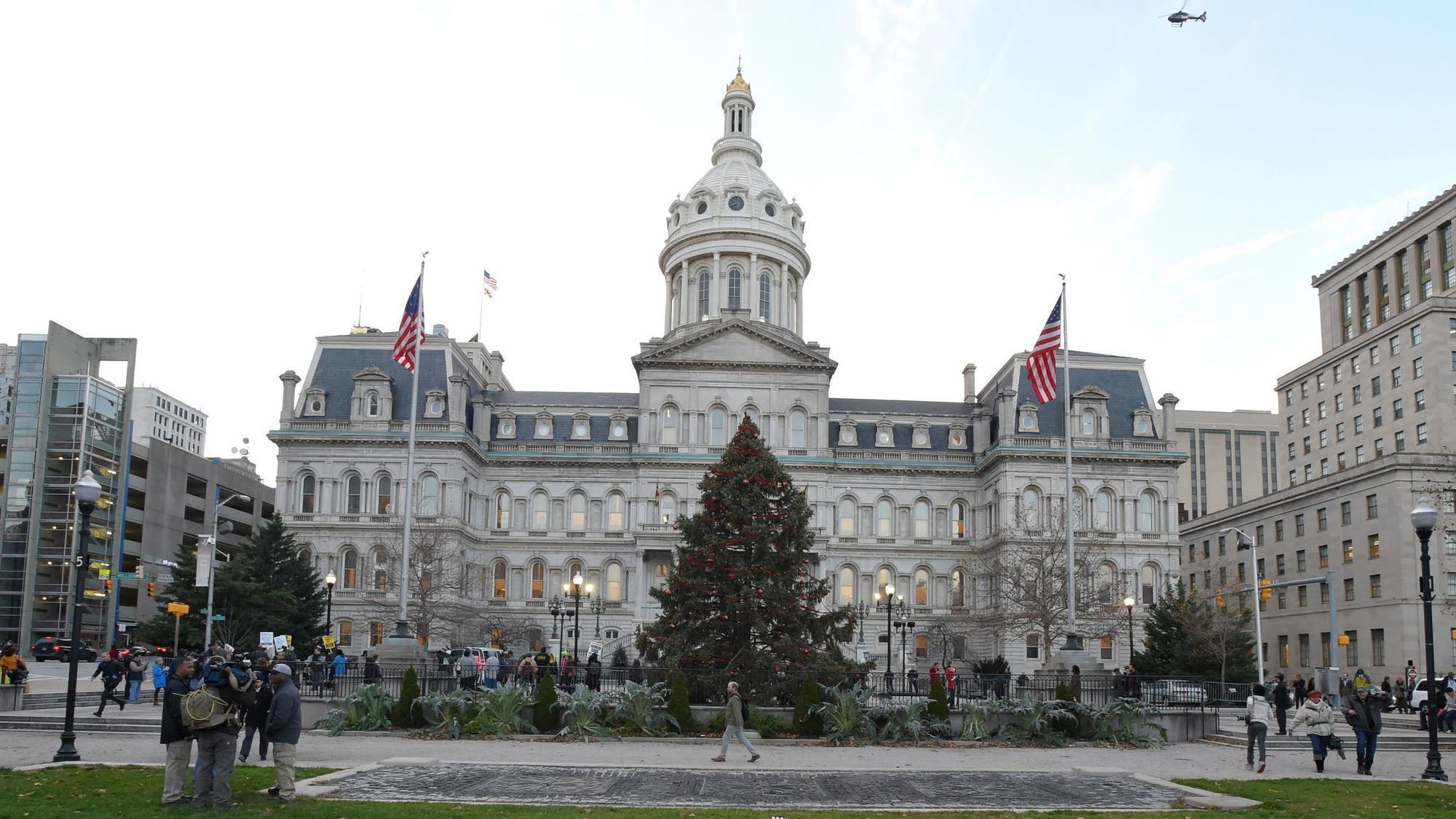 City Council passes bill requiring top City Hall officials to live in Baltimore
