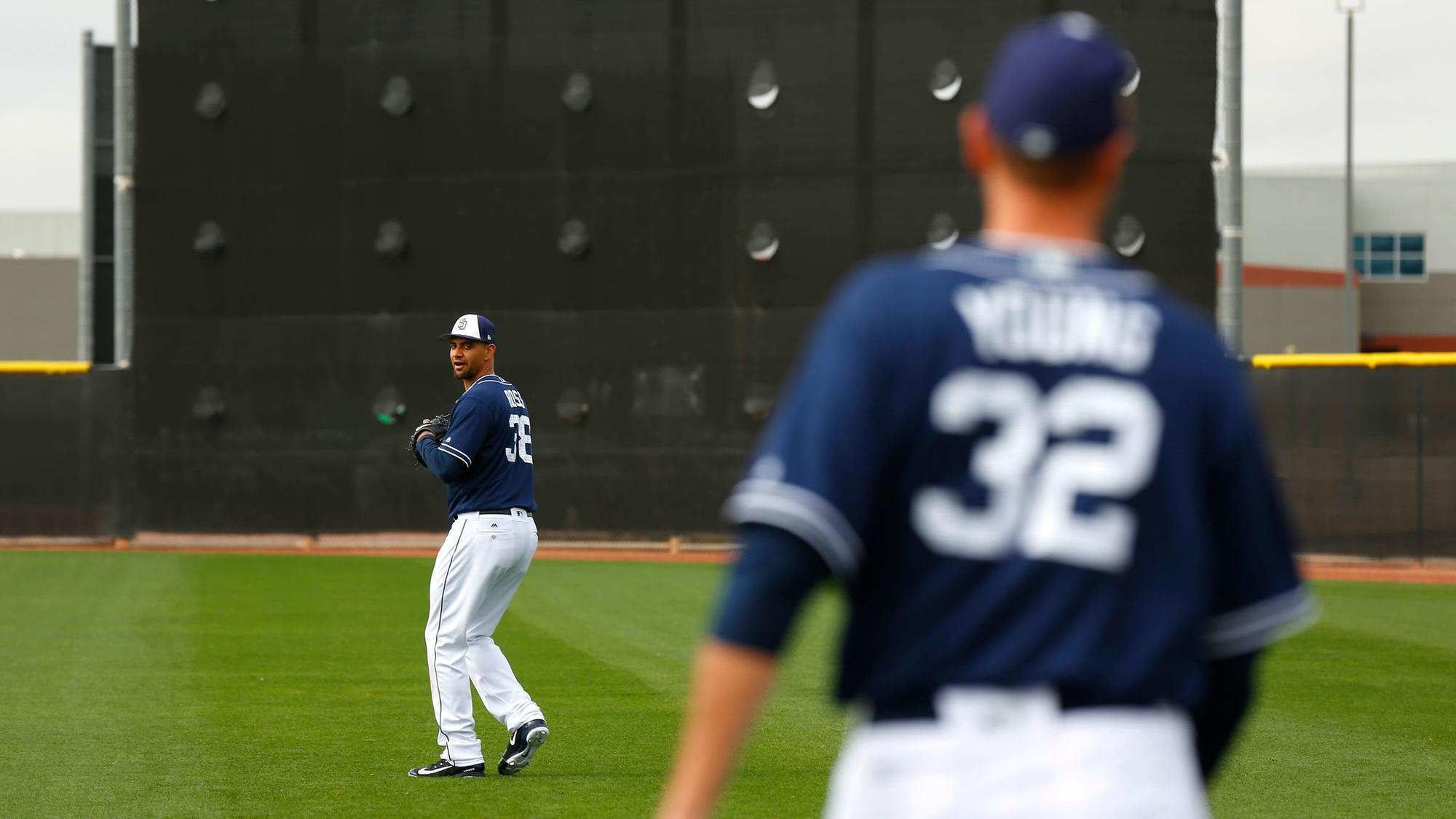 Sd-sp-padres-starting-rotation-ross-young-perdomo-20180312