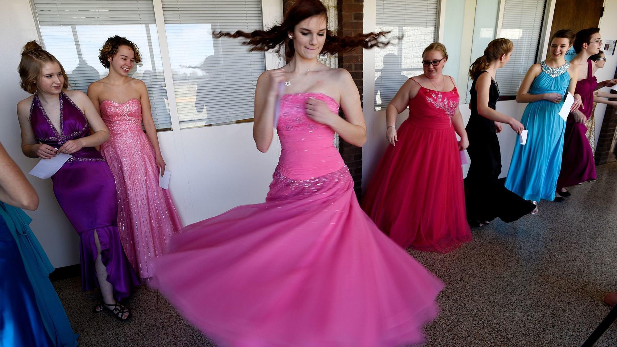 Rita\'s Closet fashion show and tea raises money for scholarships ...