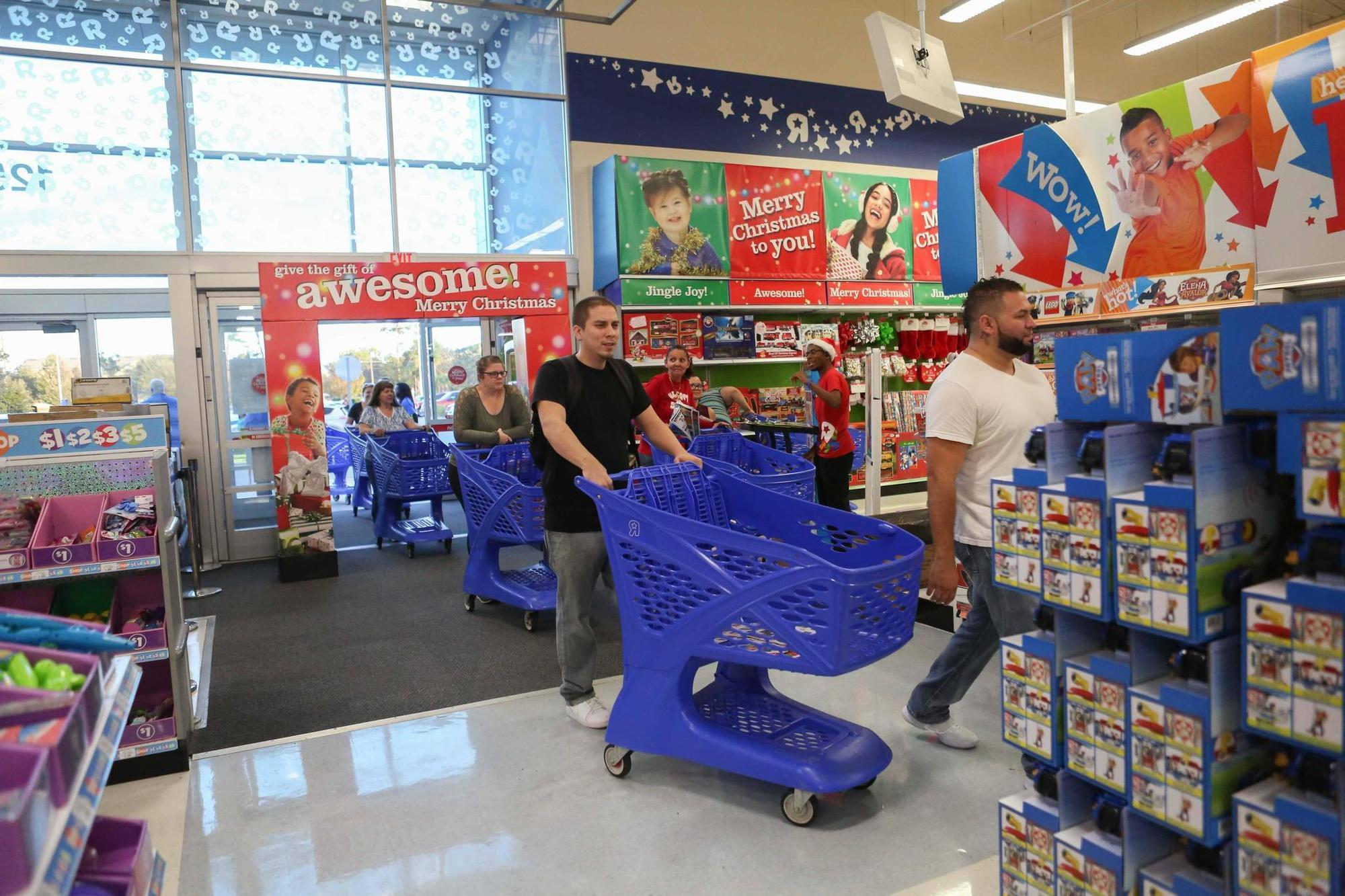toys r us confirms it will close all 735 stores orlando sentinel