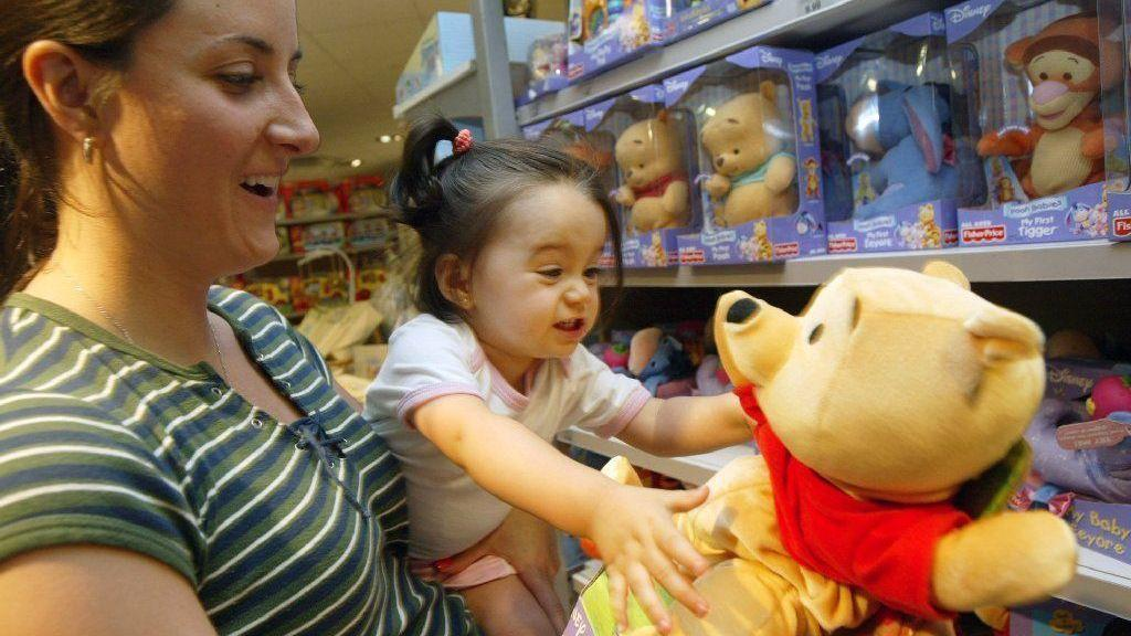 Analysis: Falling birth rates helped kill Toys R Us - Lehigh Valley ...
