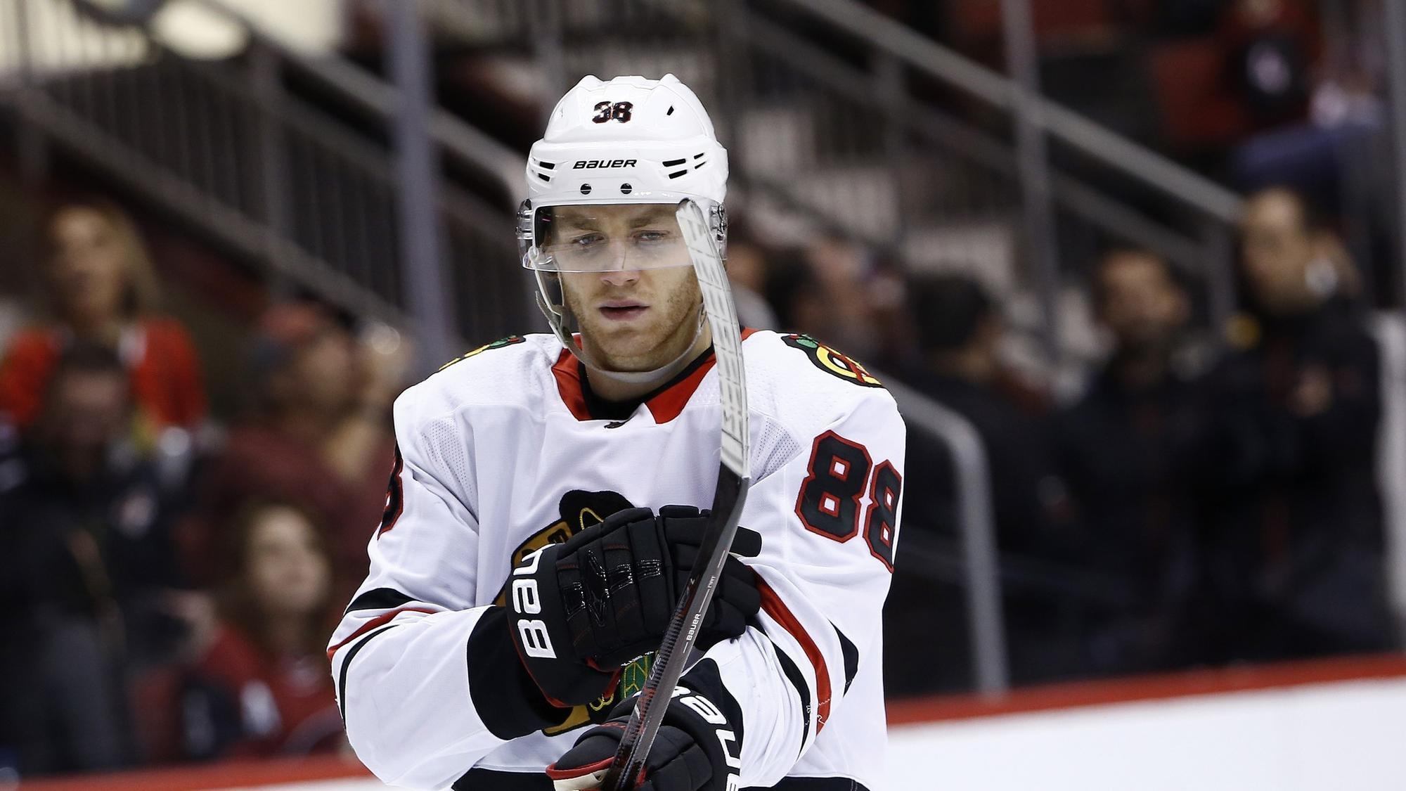 Patrick Kane leading by example on the ice for Blackhawks ...