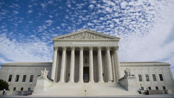 Supreme Court to decide whether immigrants jailed for past crimes can be detained pending deportation