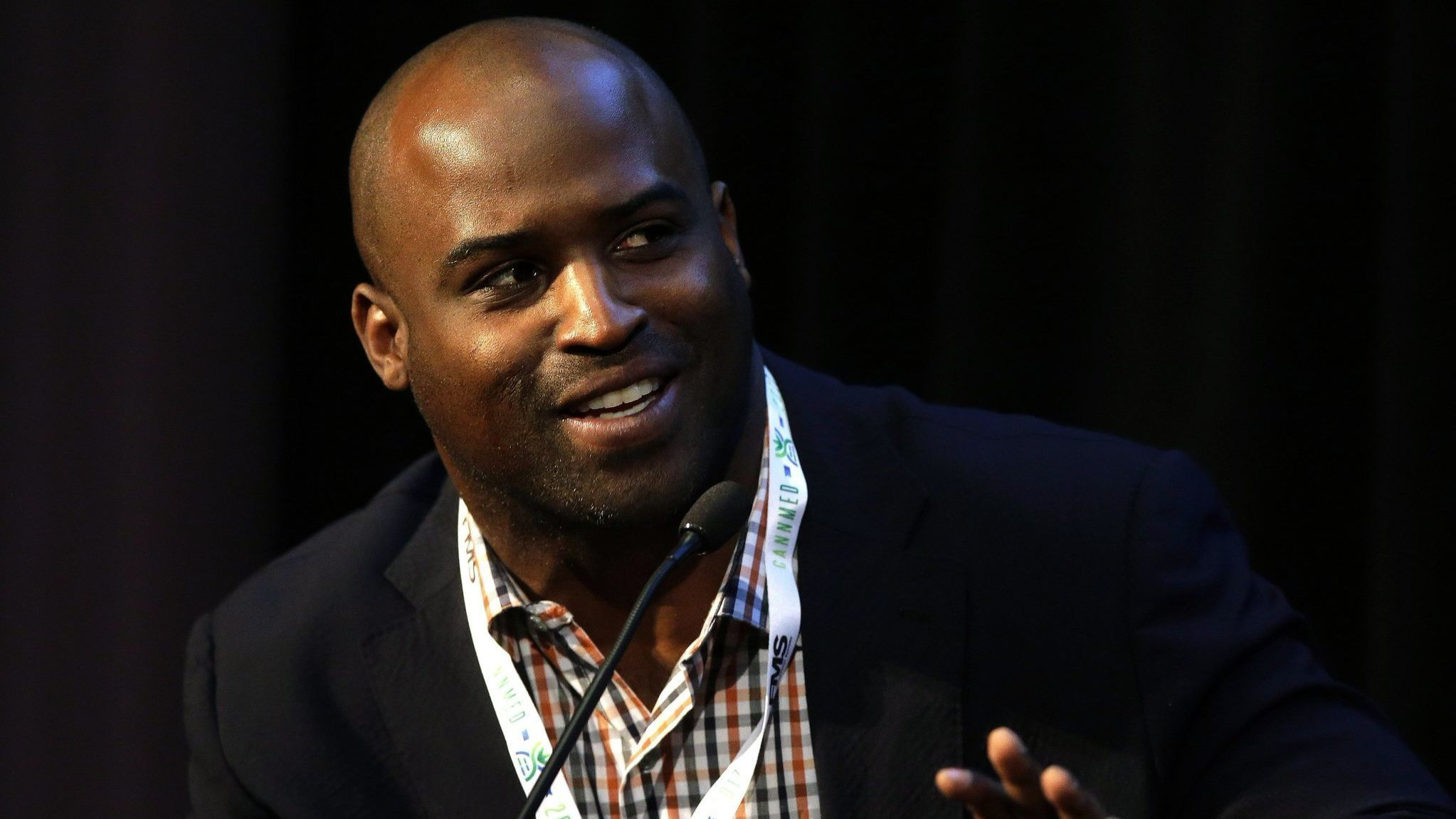 Ricky Williams defies 'pothead' label to reinvent his cannabis-selling himself