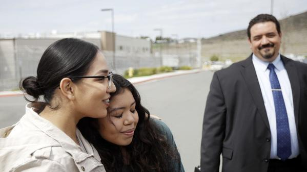 National City mother in viral arrest video to be released from immigration detention | San Diego Union Tribune