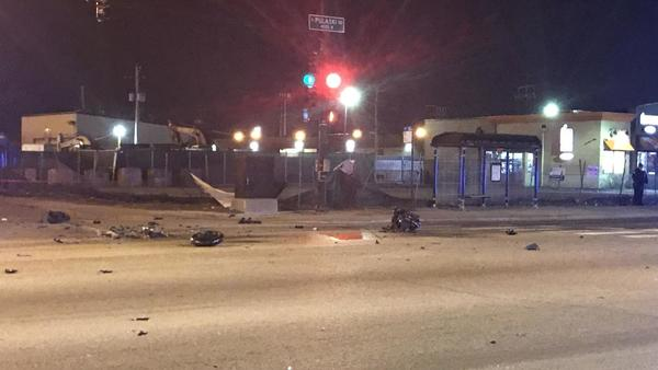 2 killed when motorcycle collides with truck on the Southwest Side | Chicago Tribune