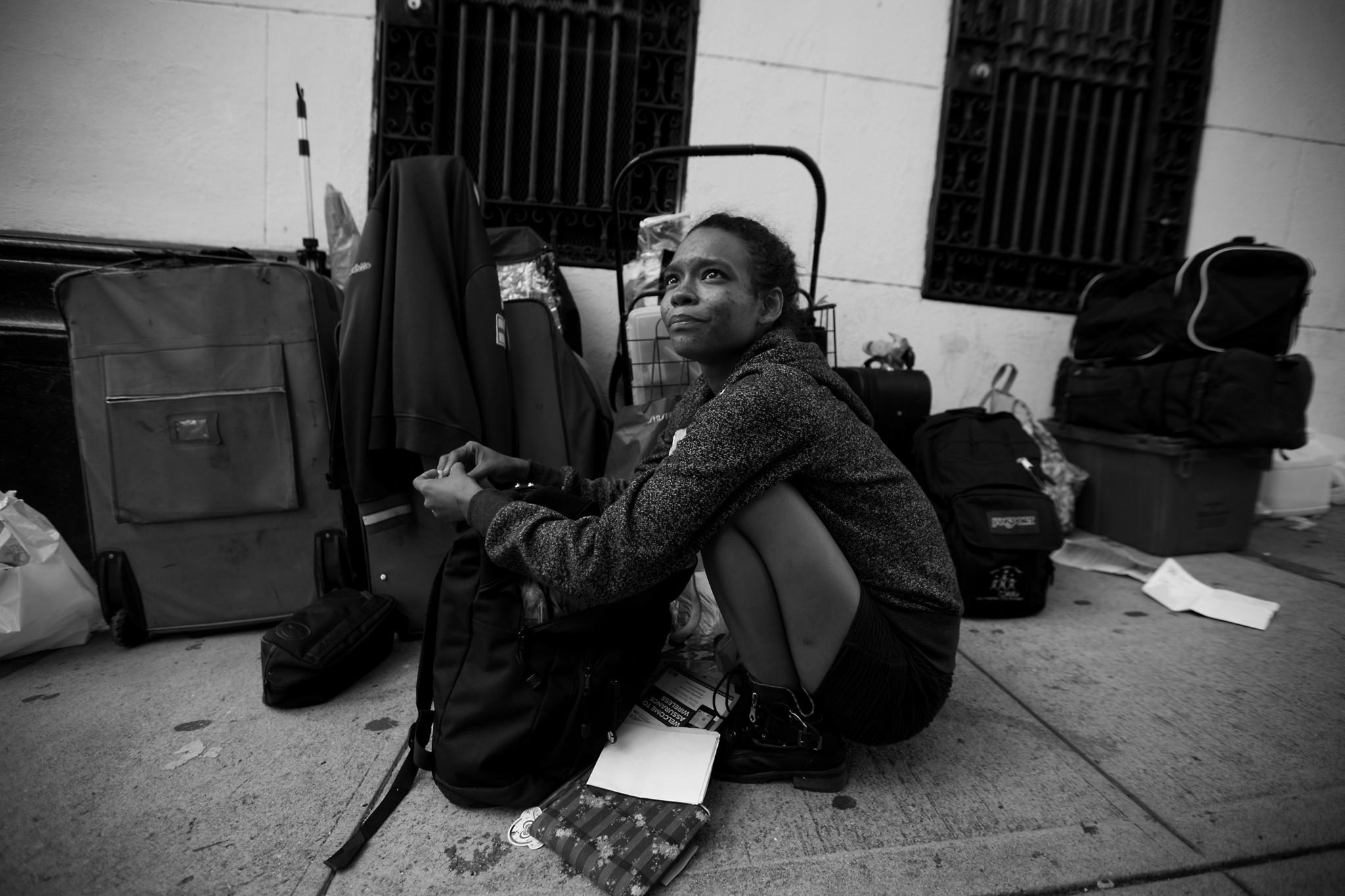 LOS ANGELES, CA NOVEMBER 17, 2017: Shirley Velastegui, (CQ), 22, sits next to her luggage near MacAr