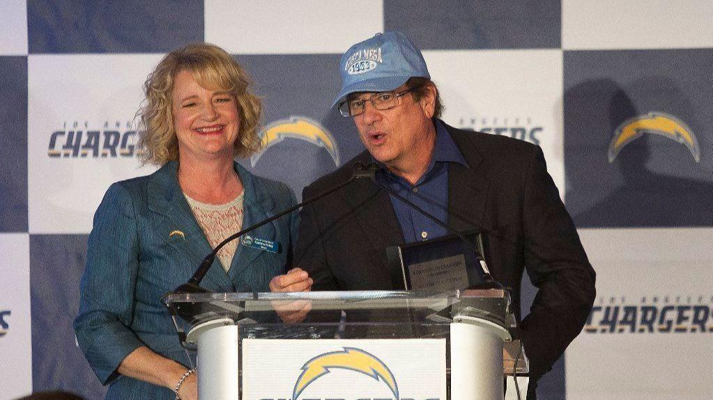 Sd-sp-chargers-spanos-nfl-anthem-controversy-move-san-diego-20180326