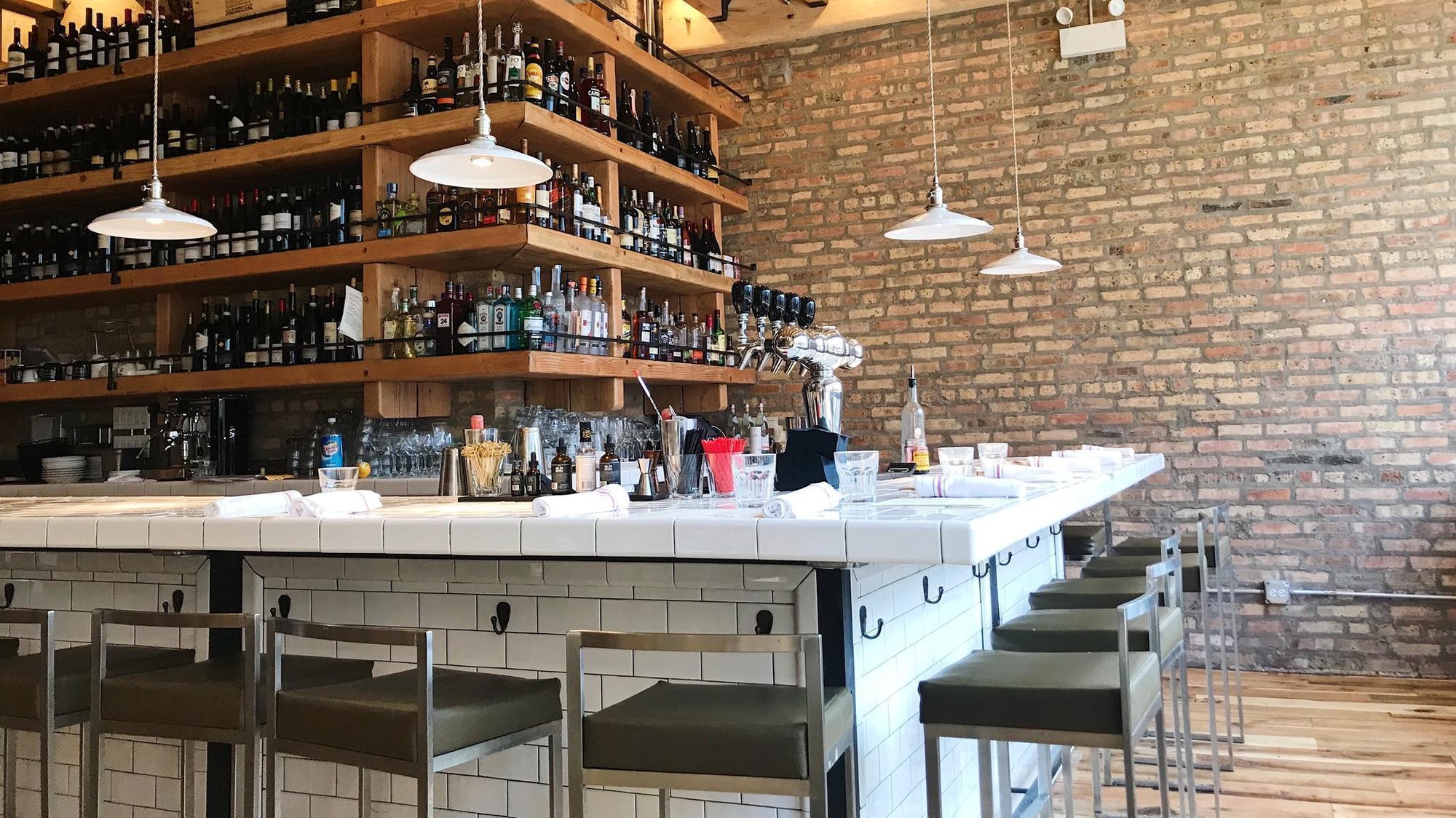 Lakeviewu0027s Lago Wine Bar Sued; Accused Of Copying Menu, Design   Chicago  Tribune