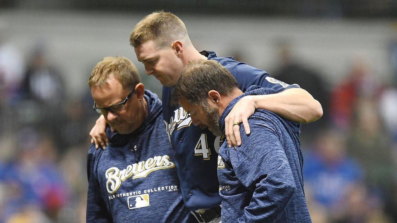 Ct-corey-knebel-brewers-injury-20180406