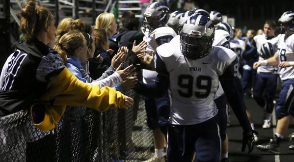 Former Howard High football standout Saif Bryant killed in Ellicott City car crash | Baltimore Sun