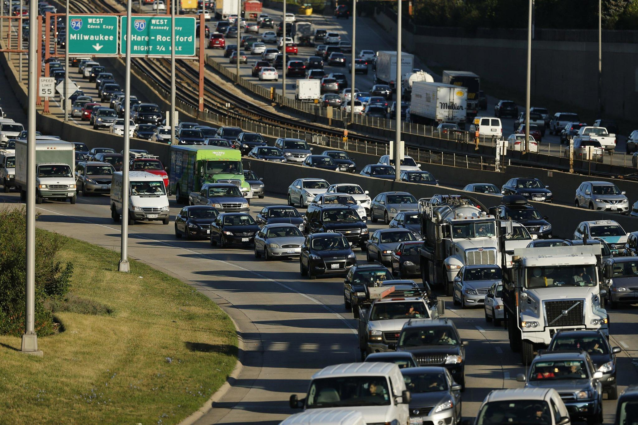 Traffic predictions, or what the dream of the bus 53