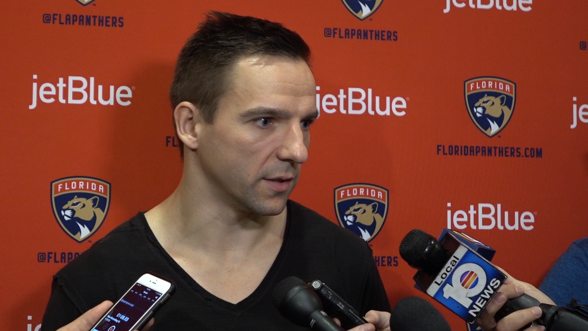 Fl-panthers-vrbata-on-retiring-from-the-nhl-video-20180410