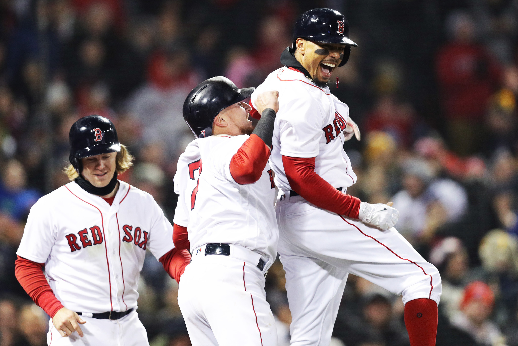 Hc-web-red-sox-yankees-0411-20180410