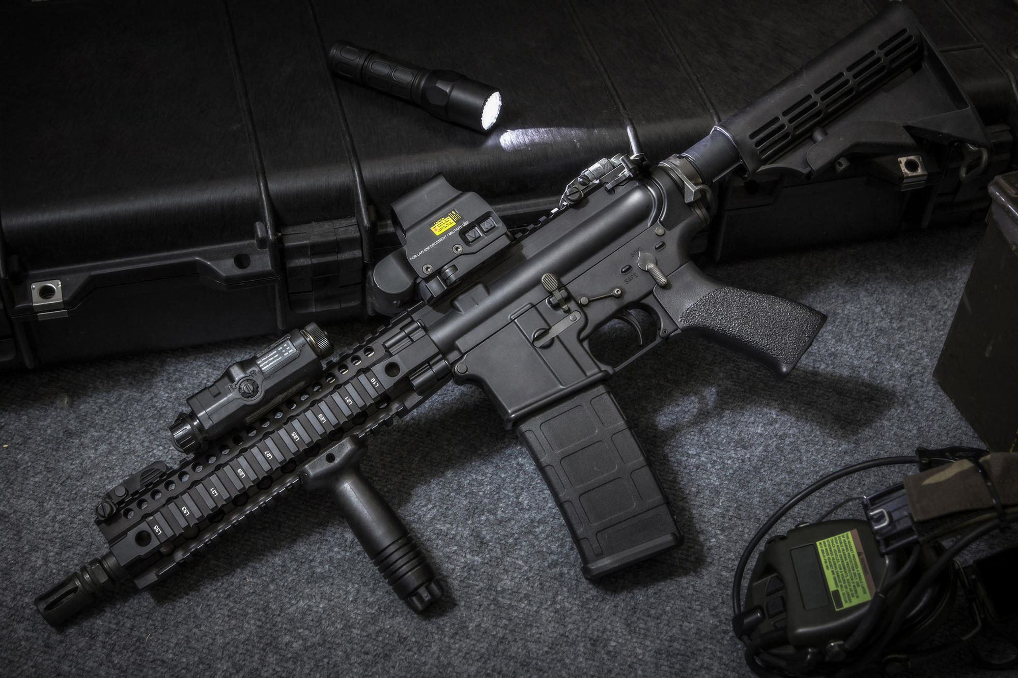 Manufacturers of firearms: a selection of sites