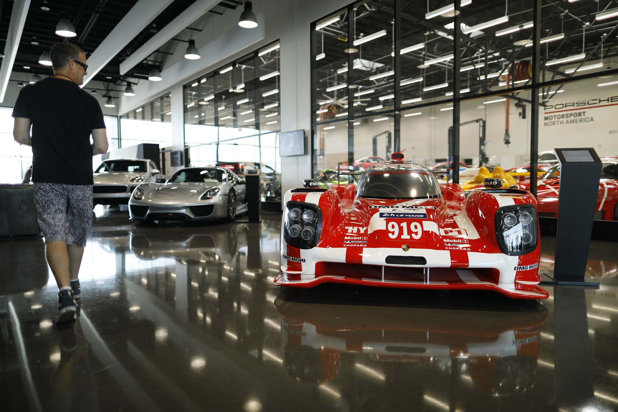 Porsche Experience Center >> Porsche S L A Experience Center Is A Theme Park For Grown Ups Who