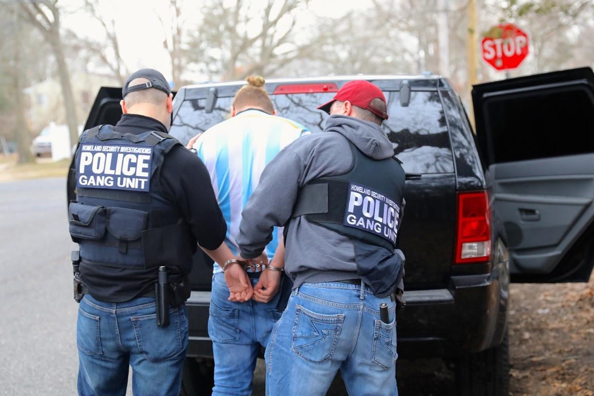 Ct-hoy-advierten-sobre-trampa-perfecta-del-gobierno-para-acelerar-deportaciones-20180413