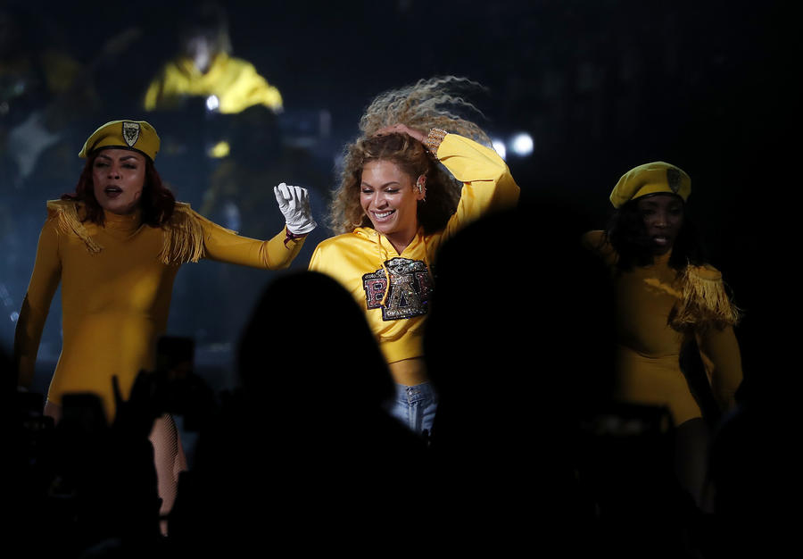 Beyonce captivates the crowd a year after having to bow out of Coachella 2017. (Luis Sinco / Los Angeles Times)