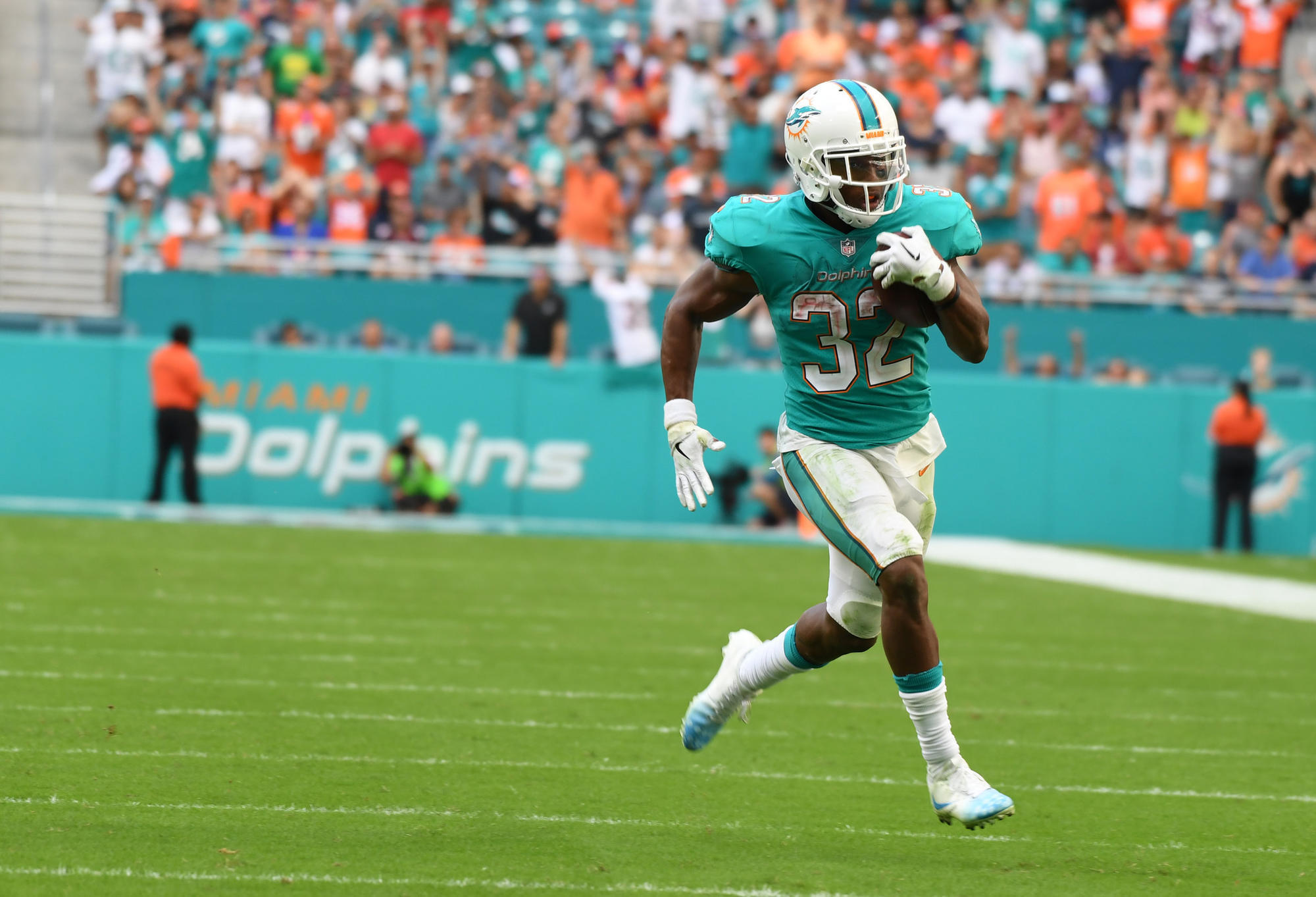 Dolphins report for first day of offseason workout program - Sun ...