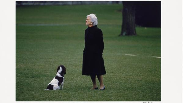 Photo of Barbara Bush, with beloved dog Millie, on display in National Portrait Gallery tribute