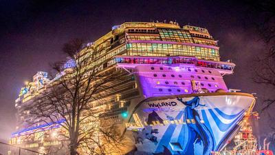 Norwegian Cruise Line gets its hands on Florida-bound Norwegian Bliss