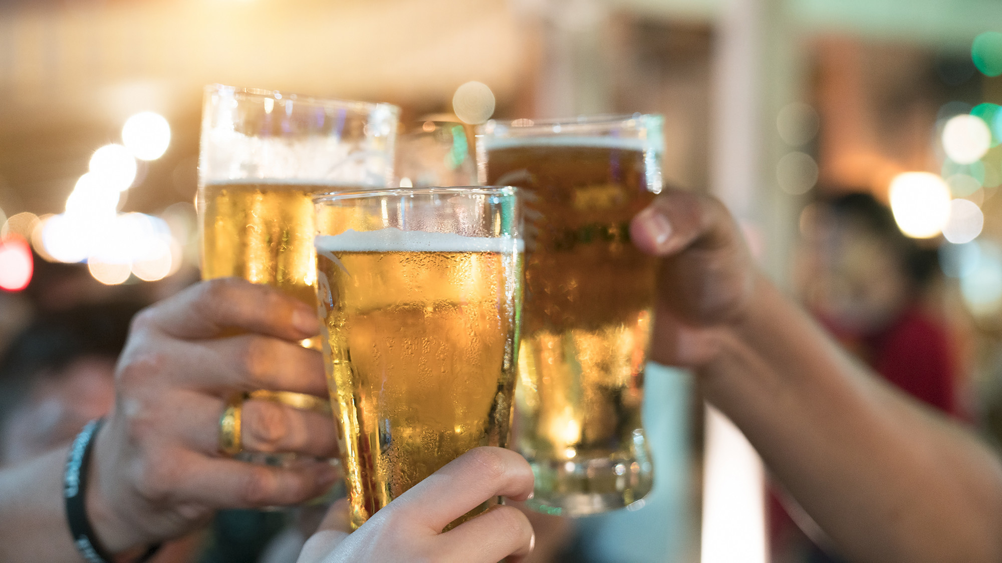 Effects of drinking too much alcohol - INSIDER