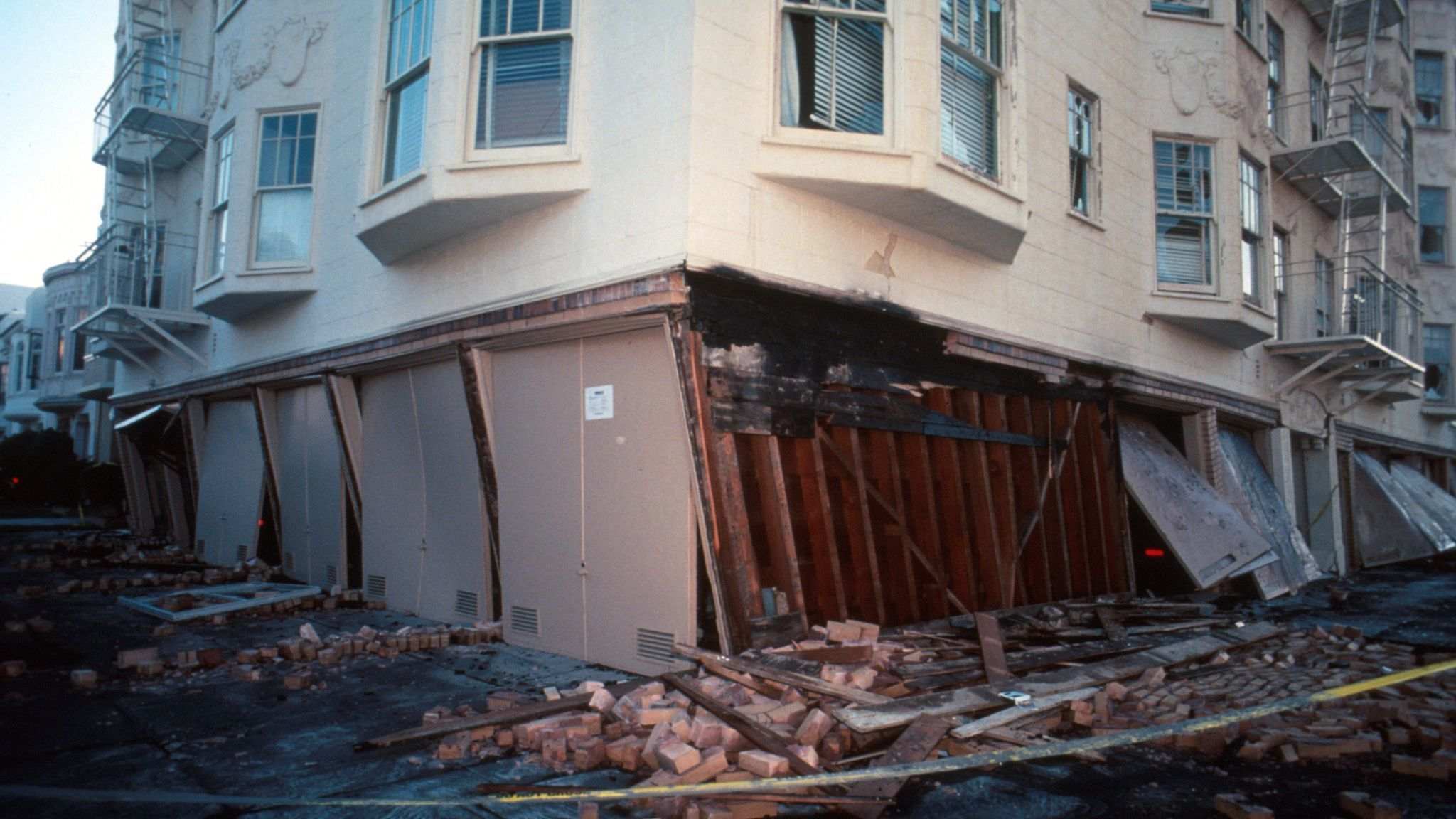 1989 Loma Prieta earthquake damage