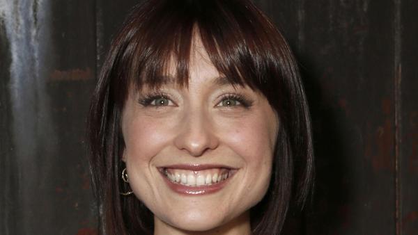 'Smallville' actress Allison Mack arrested on suspicion of sex trafficking in 'guru to stars' case