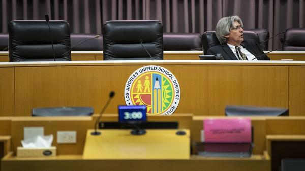 Once more, L.A. school board decision on new leader seems to stall