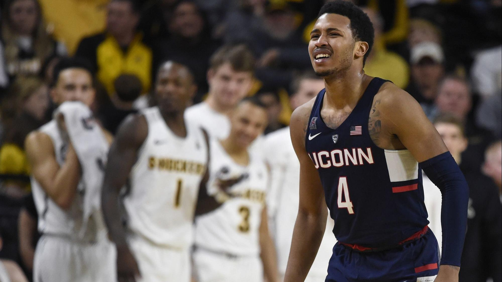 Hc-sp-uconn-men-jalen-adams-0423