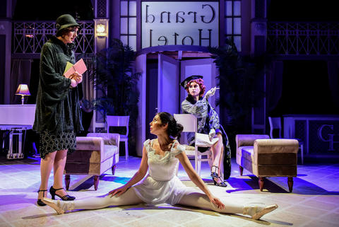 "Rachel Whyte, Michelle Jasso and Jenny McPherson in ""Grand Hotel"" at Theater Wit."