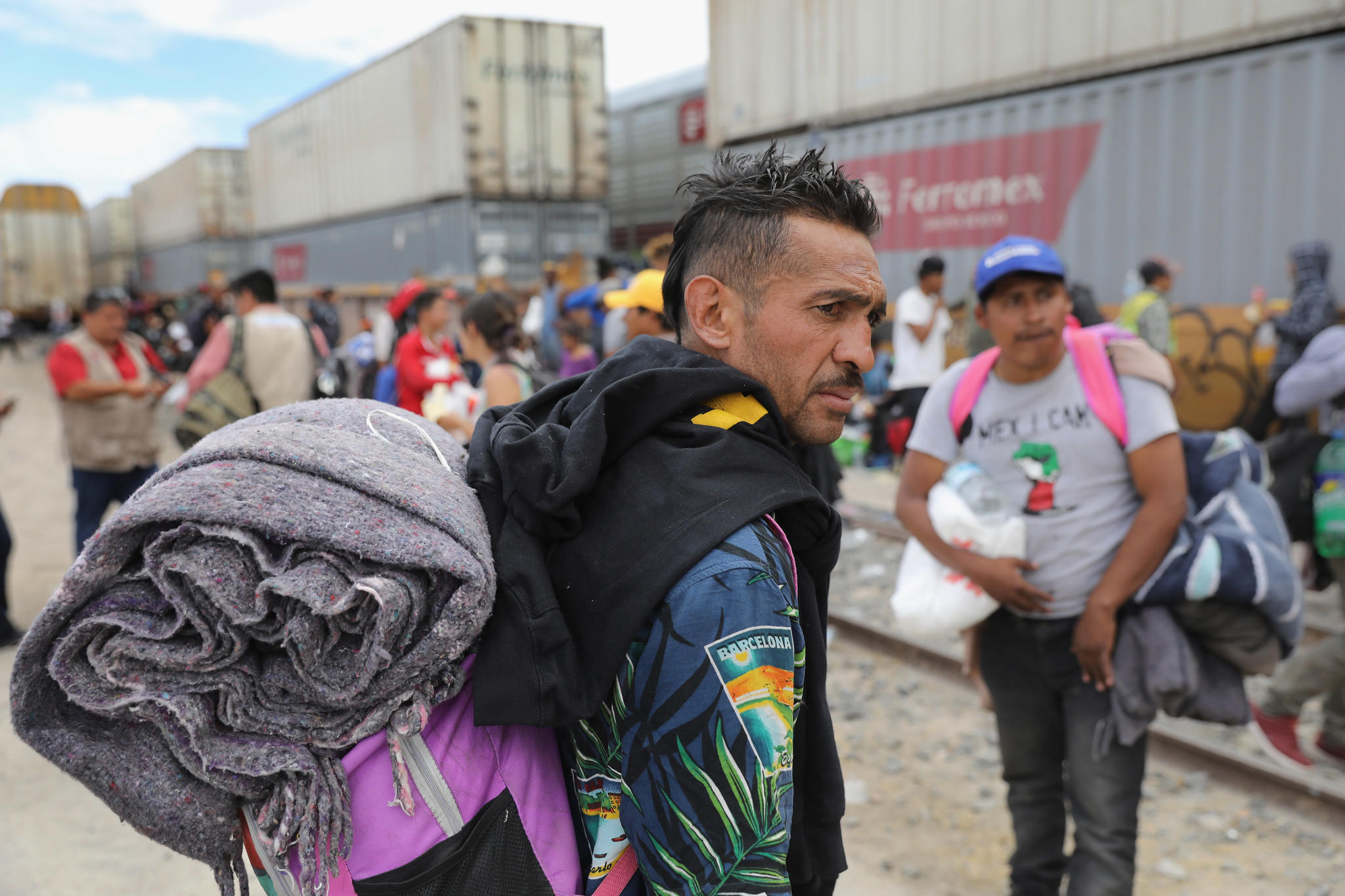 Migrant caravan reaches US/Mexico border town of Tijuana