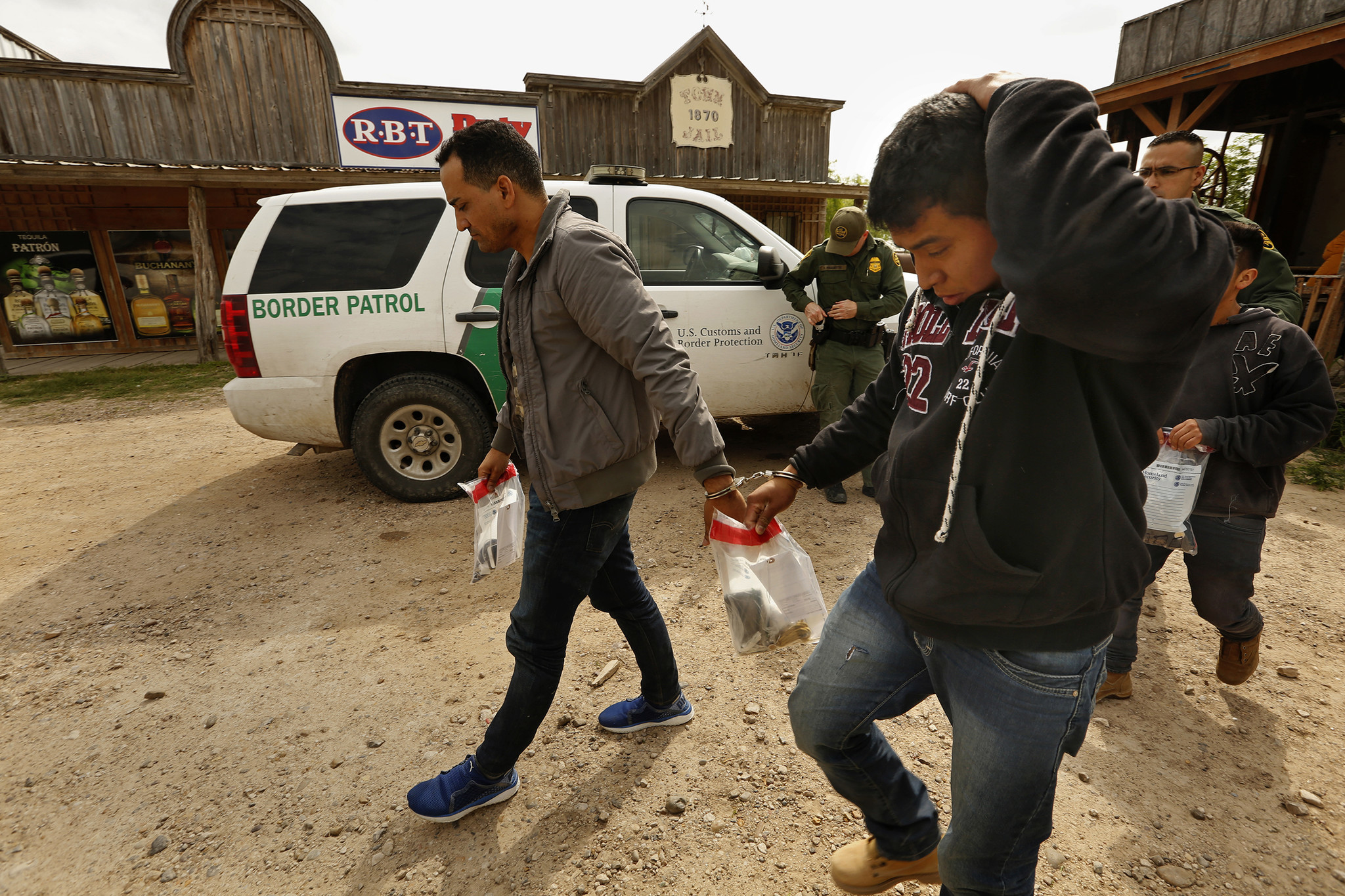 LOS EBANOS, TEXAS--March 15, 2018--On March 13, 2018, border patrol agents take 13 migrants into det